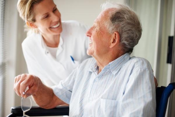 Padaczka jest chorobą o nie do końca znanej etiologii, w której podczas napadu obserwujemy drgawki i inne objawy neurologiczne./ fot. Shutterstock